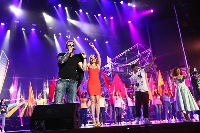 Группа «Банд'эрос» песней «Дай пять». Выпускной 2015 в Кремле. Спонсор Холдинг Даймонд