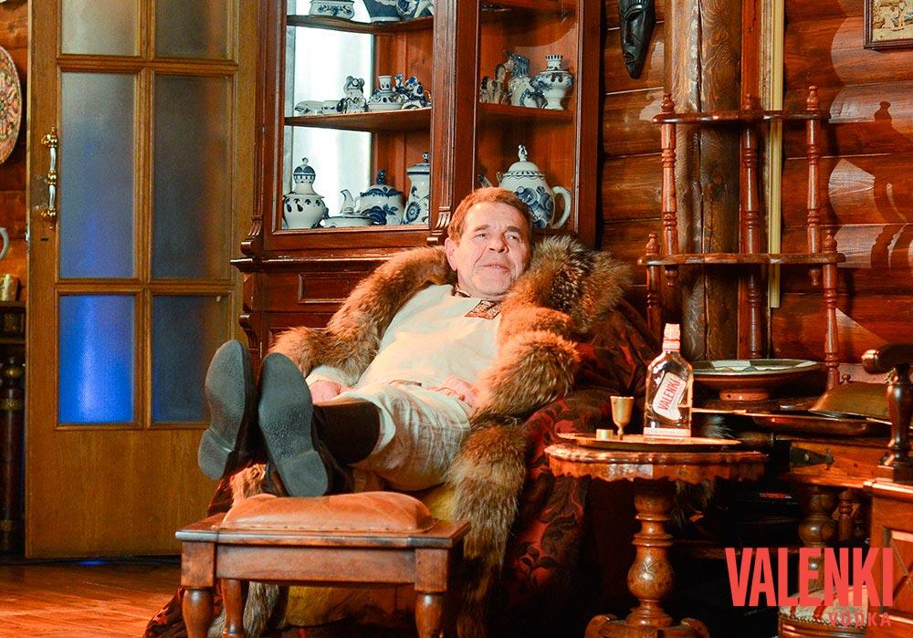 Алексей Булдаков в съемках фильма для VALENKI