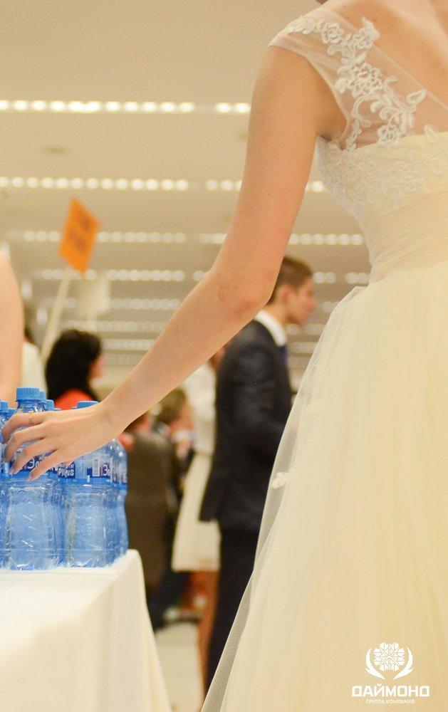 Tasting mineral water Pearl of Elbrus on Graduate 2014 in the Kremlin