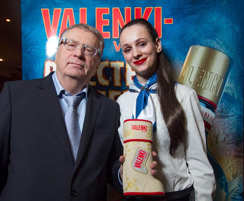 В.В.Жириновский. Как не попозировать в теплой обстановке?