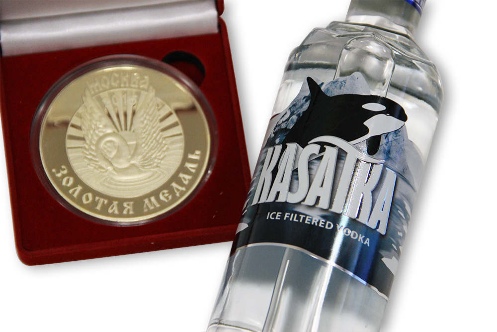 """Водка """"Kasatka"""" Classic получила Золотую медаль за качество"""