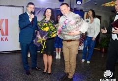 Наташа Королева и Андрей Мишуров - торжественное вручение праздничной корзины вкусных и полезных подарков для певицы