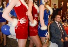 Девушки- модели в фирменных платьях VALENKI