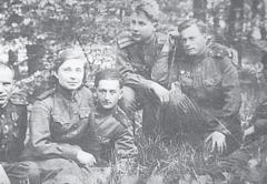 Знаменитый композитор Андрей Эшпай - четвертый слева