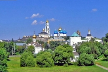 PEARL OF ELBRUS natural water from Diamond Holding for the pilgrims of Sergiyev Posad