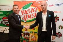 "Zaur Balagov, the president of the Diamond holding and actor Anton Privolnov at the Award Ceremony ""Healthy nutrition"""