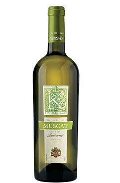 «MUSCAT» wine of «Kuban Crown» line – is a high quality Russian wine made from selected grapes of muscat sorts.